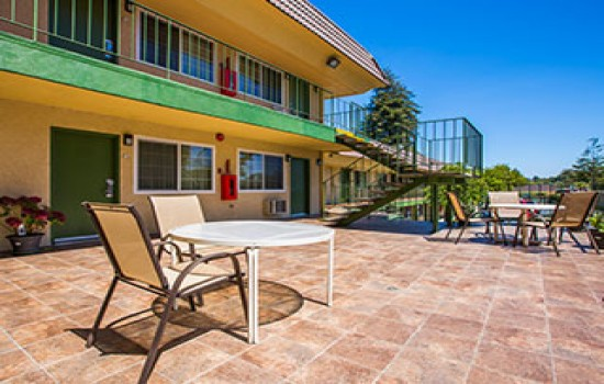 Welcome To Quality Inn Santa Cruz - King Patio
