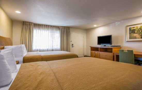 Welcome To Quality Inn Santa Cruz - Double Queen Room